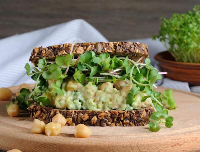 chuna-salad-sandwich
