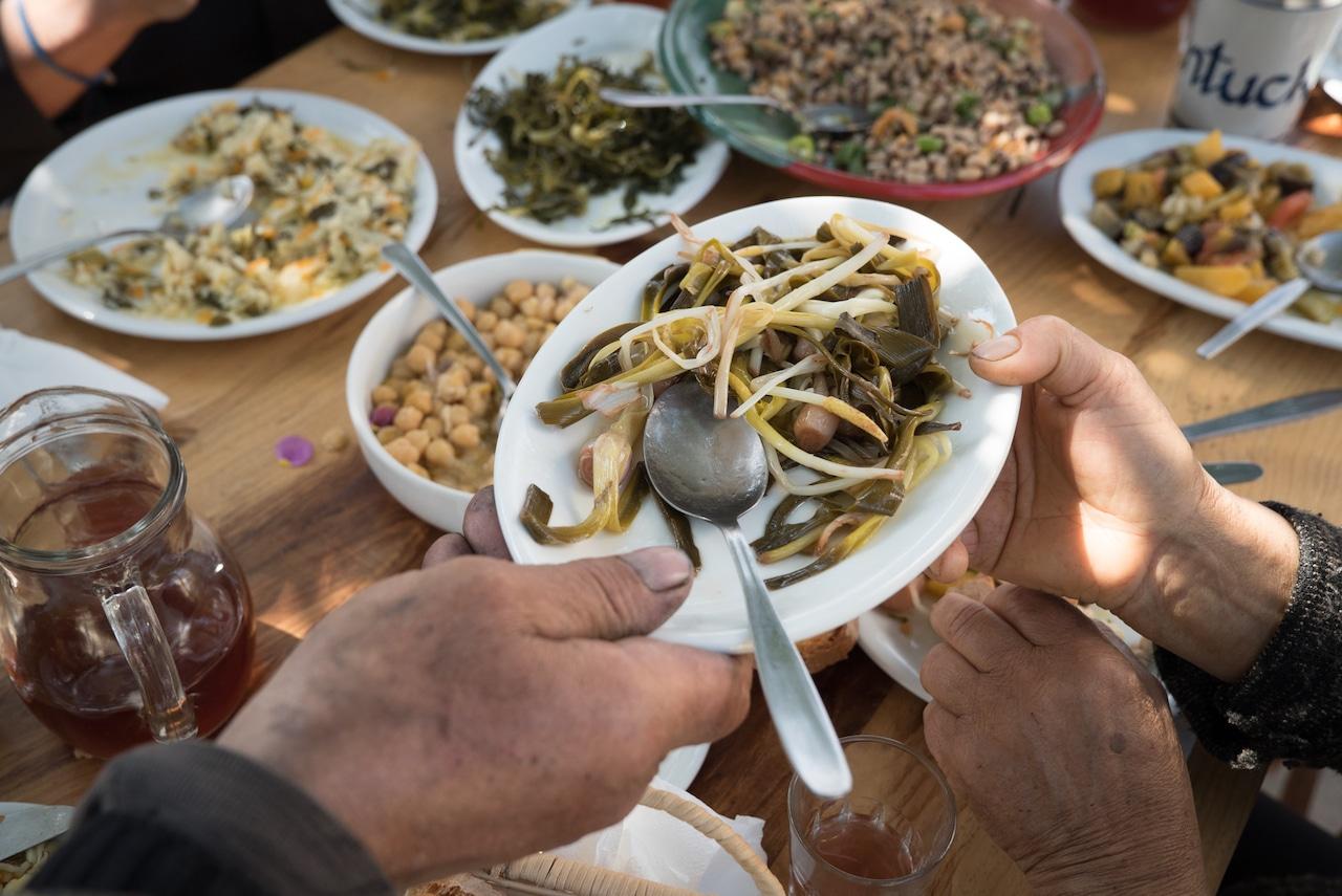 eat-better-ikarian table